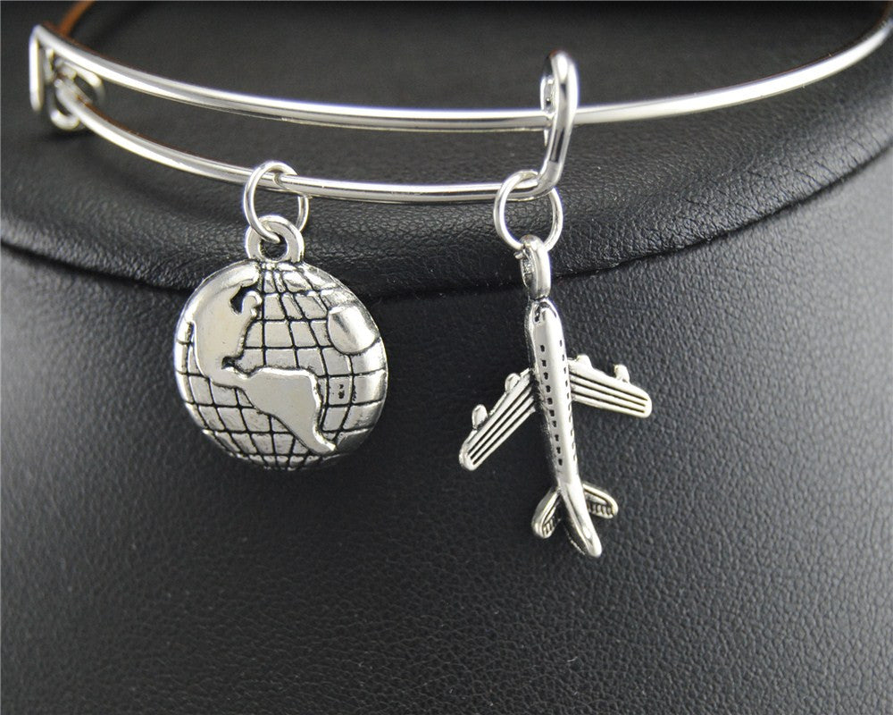 TRAVEL CHARM Wire Wrapped Bangle