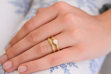 Load image into Gallery viewer, Wedding Stacking Ring Set Gold