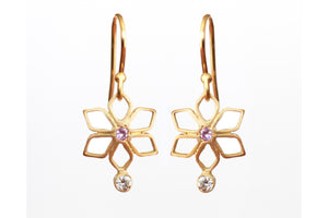Light Floral Earrings with Sapphire & Diamond