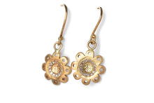 Load image into Gallery viewer, Diamonds Floral Earrings