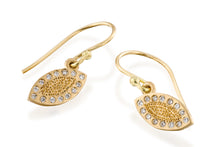 Load image into Gallery viewer, Gold Drops Earrings