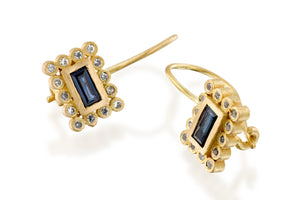 Sapphires Rectangle Earrings Gold