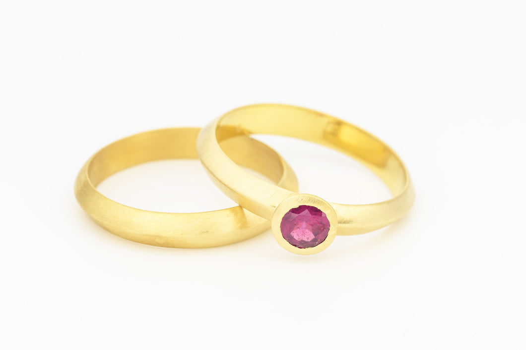 Ruby Wedding Ring Set Gold