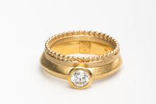 Load image into Gallery viewer, Wedding ring set stackable Gold
