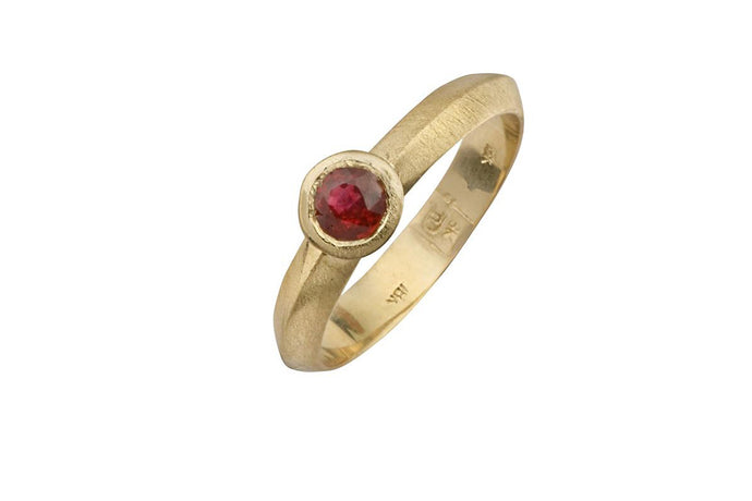 Ruby Engagement Ring 18k Gold