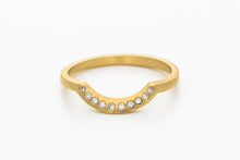 Load image into Gallery viewer, 18k gold Diamond Curved Engagement Ring