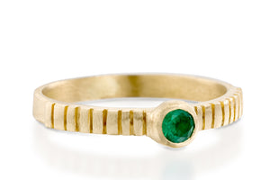 18k gold Emerald Solitaire Engagement Ring