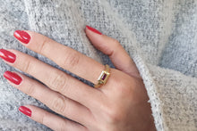 Load image into Gallery viewer, 18k Ruby Rectangle Engagement Ring