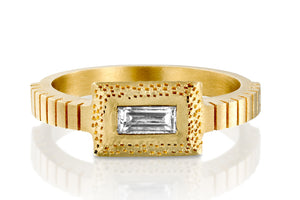 18k Ring set with Rectangle Diamond