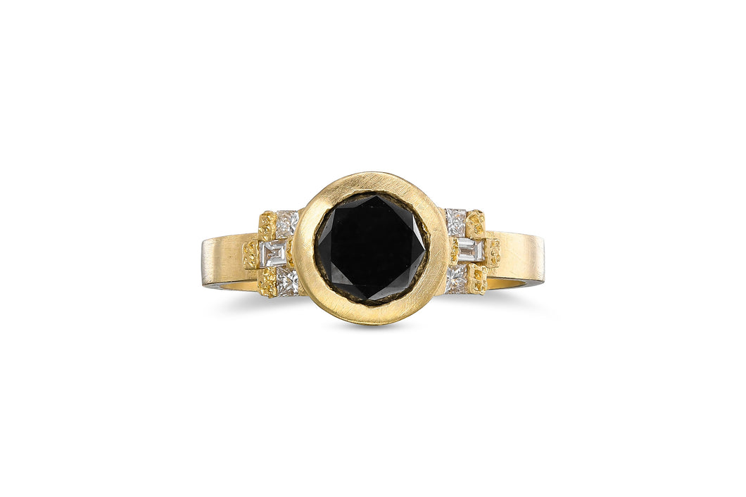 Round Diamond Ring with Black Diamond, Cluster Diamond Ring