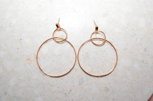 VALERIE Interlinked Hoops in Gold - AZARIA
