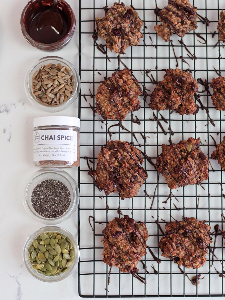 Chai cranberry snack cookie