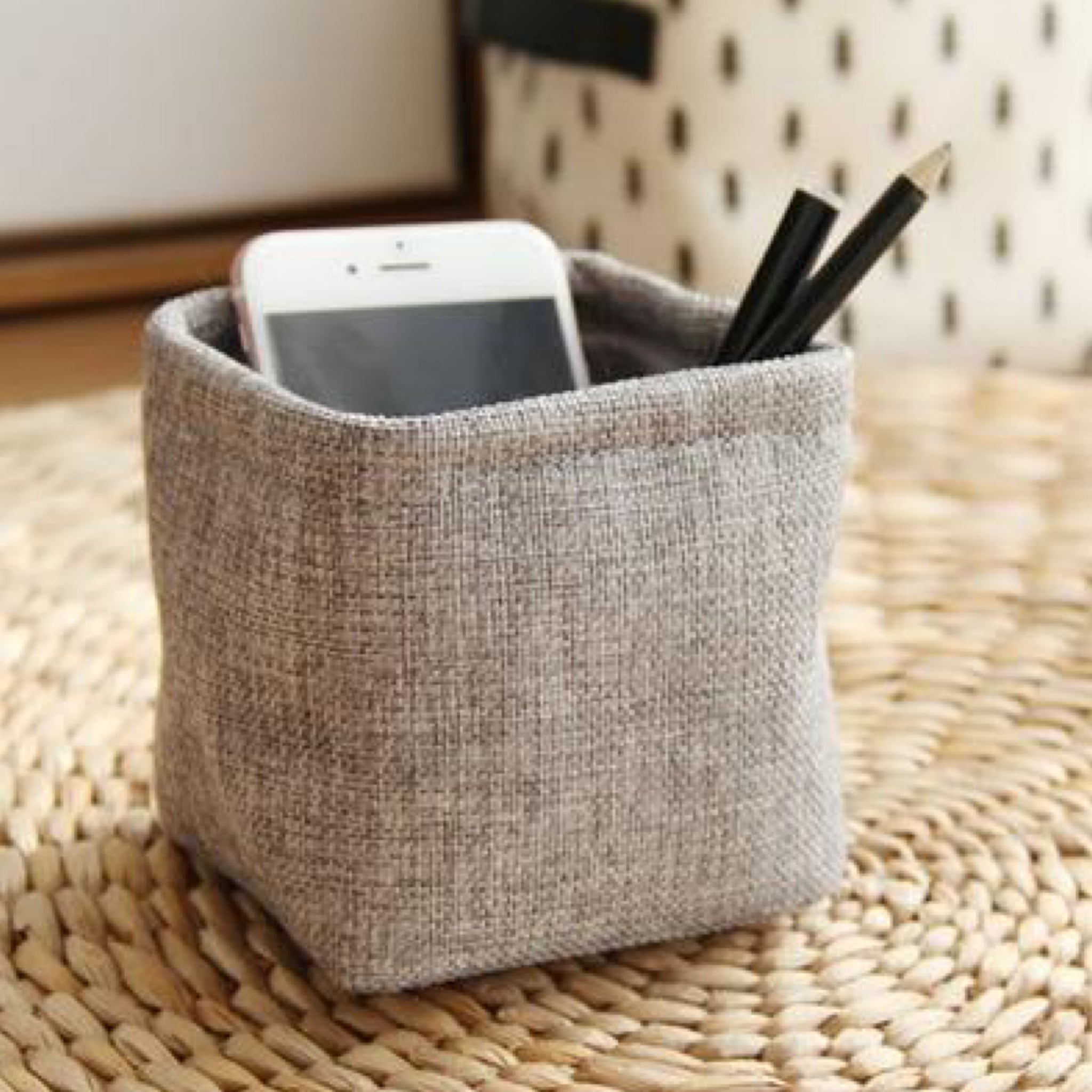 Mini Japanese Gray / Grey Linen Pen Holder Desktop Boxes Cloth Art Brush Pot Photo Props Simple and Lovely Japan Key Box Little Pen Holders Trend