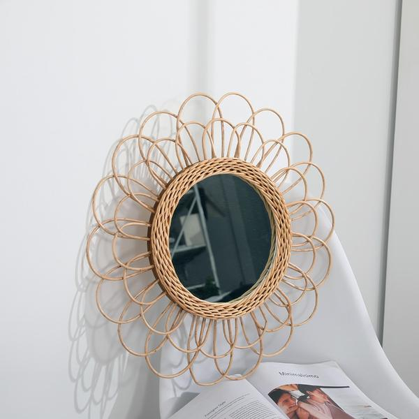 Elegant Bohemian Hanging Mirror Rattan Sunflower Circular Wall Mirror Home Decor Boho Wicker Bedroom Dressing Makeup Mirrors