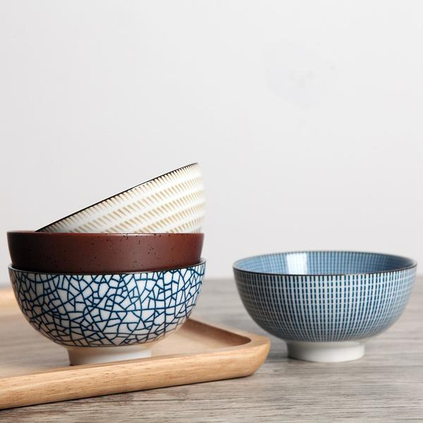4 Piece Traditional Japanese Ceramic Dinner Bowls Set