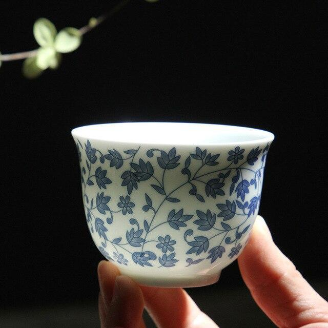 Trendy Japanese blue and white ceramic Sake teacup Porcelain tea cup Japan Household Capacity 150ml