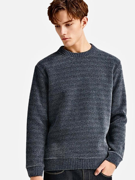 Crossover Crewneck Sweater      Casual Solid Dark Gray / Grey color O-neck Warm Fleece Pullover Men's Sweaters Trend