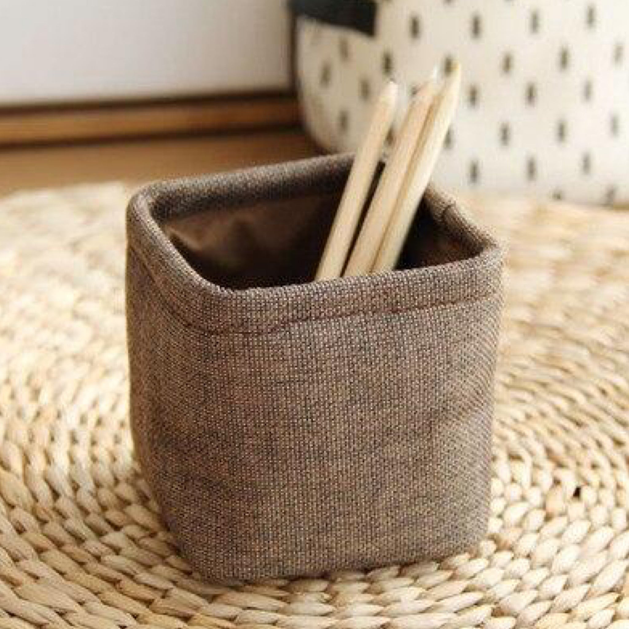 Mini Japanese Coffee color Linen Pen Holder Desktop Boxes Cloth Art Brush Pot Photo Props Simple and Lovely Japan Key Box Little Pen Holders Trend