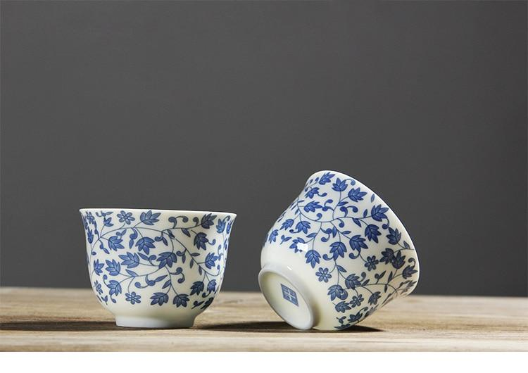 Japanese blue and white ceramic Sake teacup Porcelain tea cup Japan Household Capacity 150ml Style