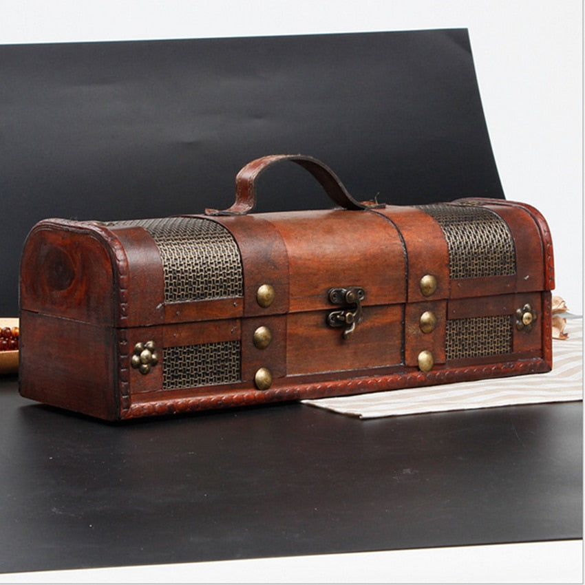 Decorative Wooden Treasure Box with Straps Old-Fashioned Antique Vintage Wine Storage Box