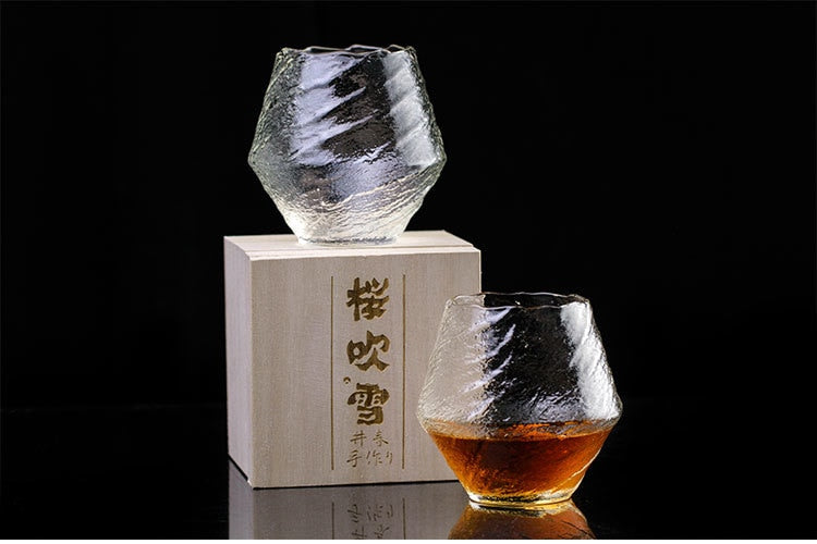 EDO Crystal Blowing Snow Whiskey Glass
