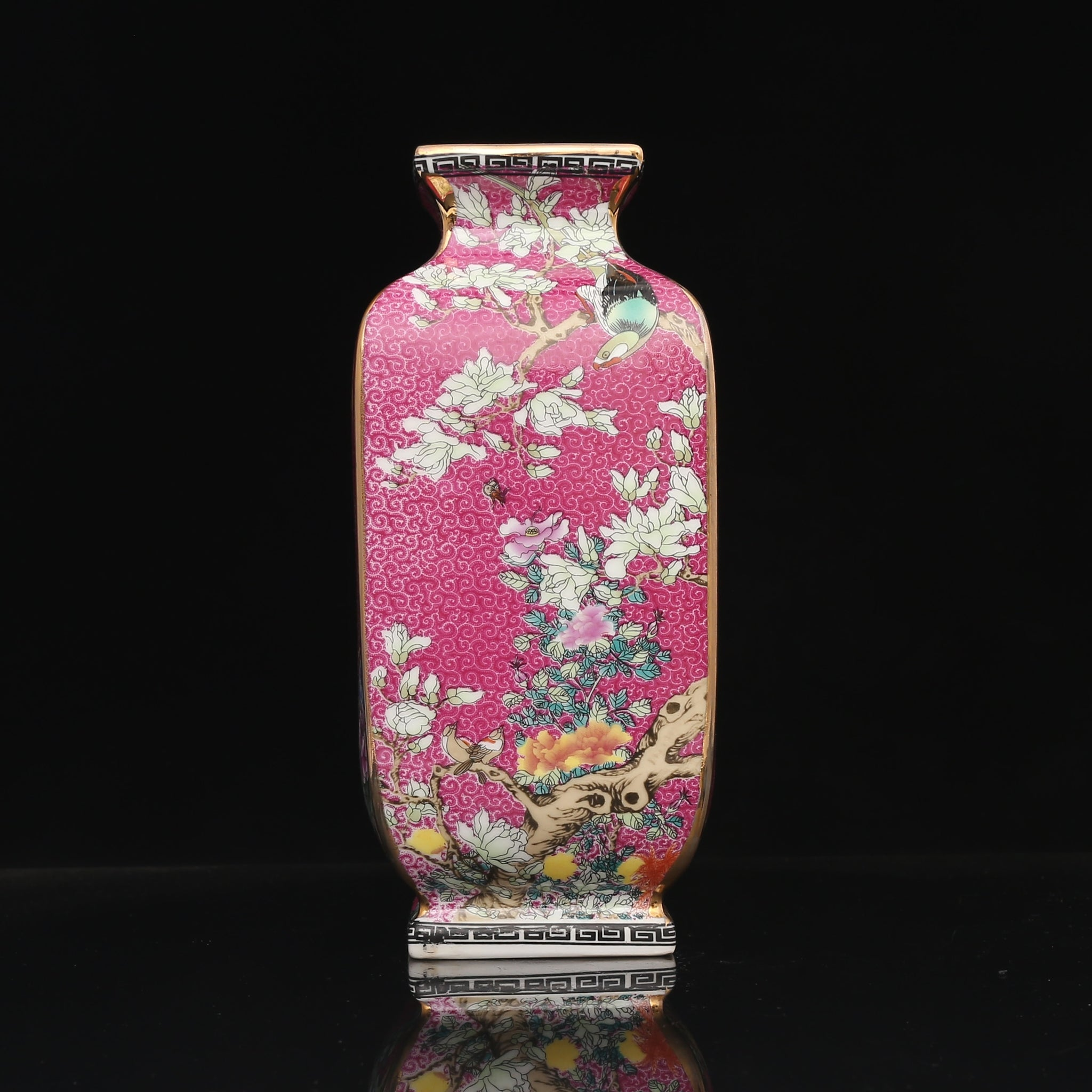Qianlong Enamel Flower and Bird Vase