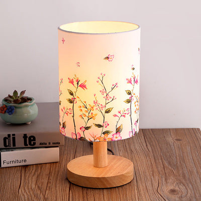 The Japanese Nordic floral bedroom lamp