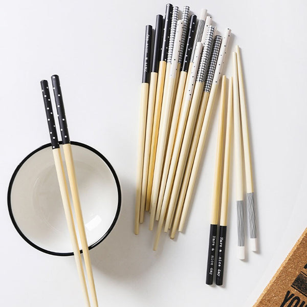 Japanese Bamboo Chopsticks Creative Pattern Square Chopsticks Set Japan Sushi Noodles Pickle Natural Wood 5 Pairs