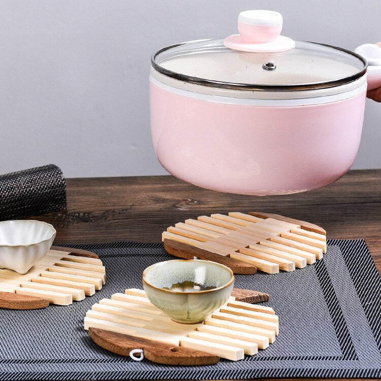 Japanese Wooden Bamboo Table Mat Kitchen Pad Mat Non-slip Insulation Heat Holder Coasters Stand Hot Mats Apple Fish Shaped set Japan Dining Room Tableware Information