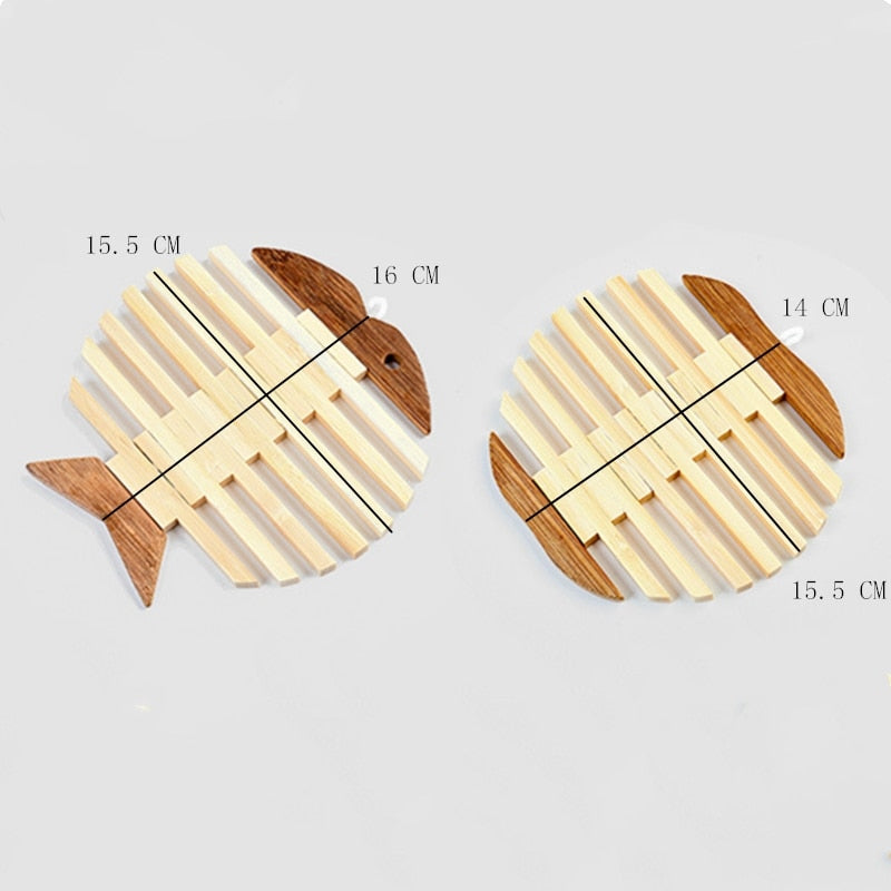 Japanese Wooden Bamboo Table Mat Kitchen Pad Mat Non-slip Insulation Heat Holder Coasters Stand Hot Mats Apple Fish Shaped set Japan Dining Room Tableware Detail