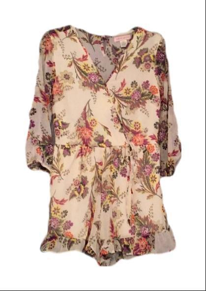 Band Of Gypsies Ruffled Floral Romper Small Gorgeous - Your Fashions For Less