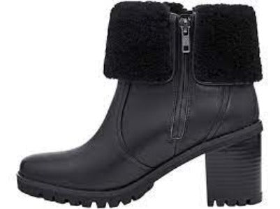 UGG Alisia Boots 9M Brand New!-Ugg-Your Fashions For Less