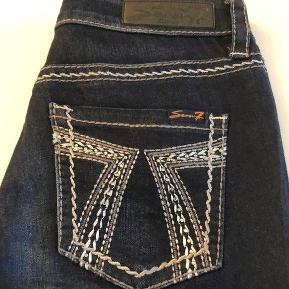 SEVEN7 Jeans Slimming Straight Size 6 - Your Fashions For Less