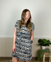 Gray Leopard Stripe Pocketed Dress