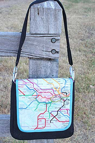 Classic Messenger Bag by Jodie Carleton for Ric Rac Patterns
