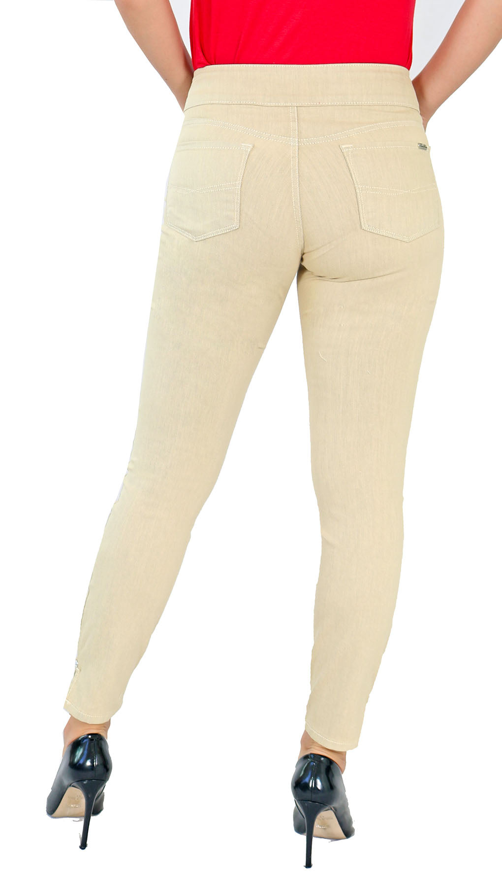 TrueSlim™ Wheat Two Button Jeggings
