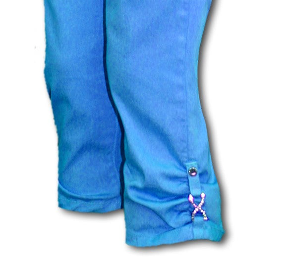TrueSlim™ Capri with Rhinestone Detail in Azul