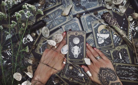 tarot card reading for the new moon the marigold gold and black tarot cards spread