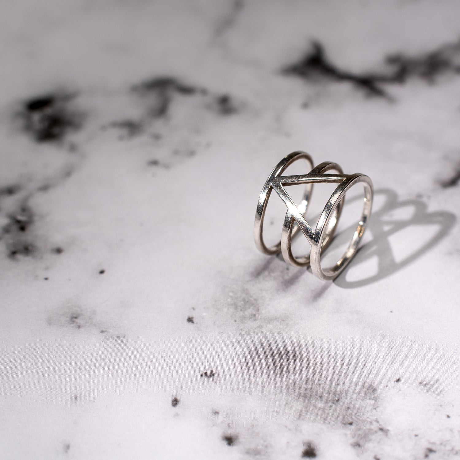 triangle and circle silver ring