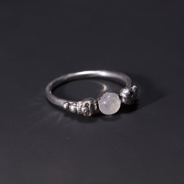 Bonearrow jewellery Gothic skull moonstone ring