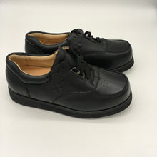 Load image into Gallery viewer, Orthopedic black casual shoes Size 5 1/2