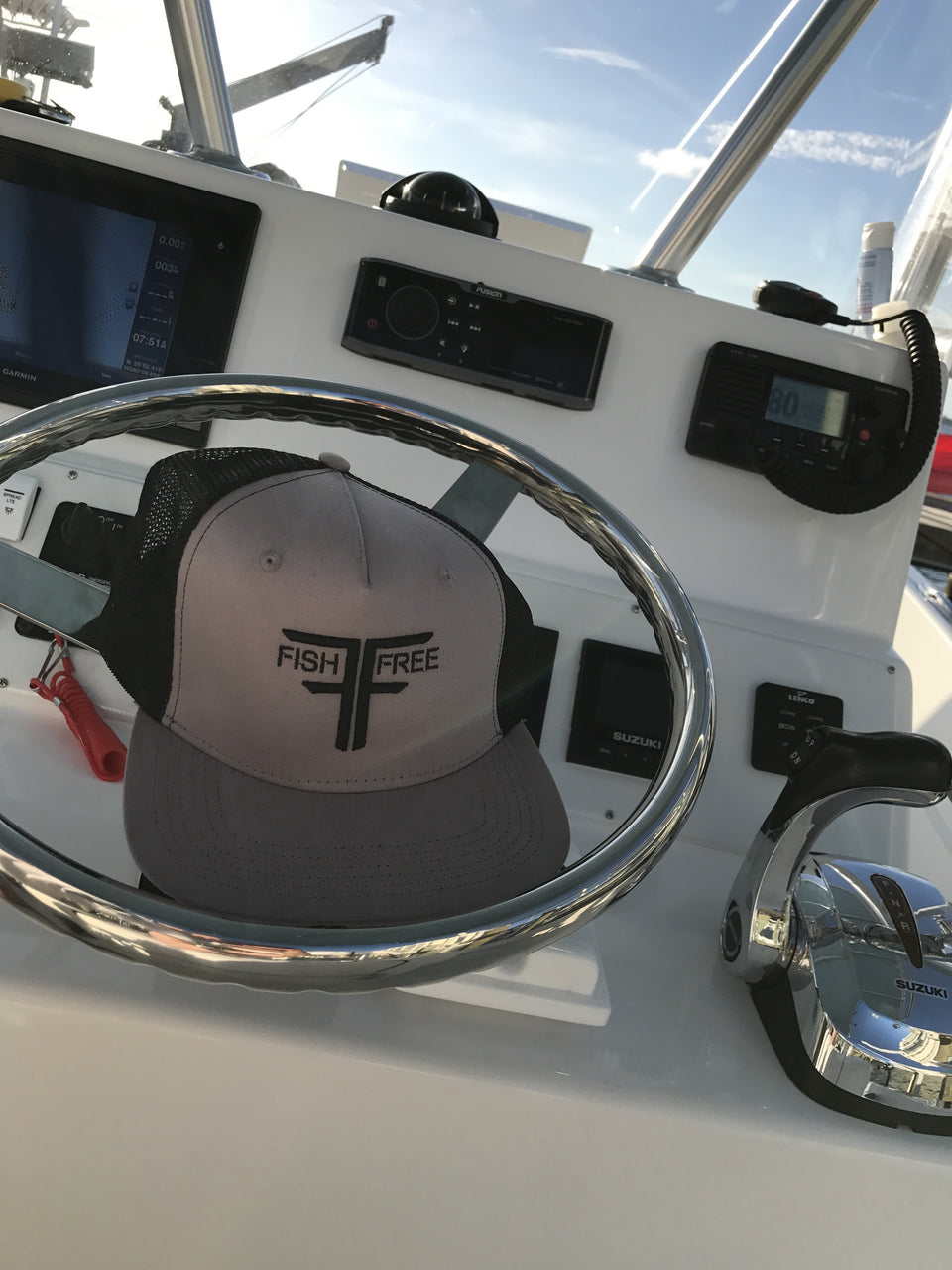 Fish Free Titan - Grey/Black Trucker Fishing Hat