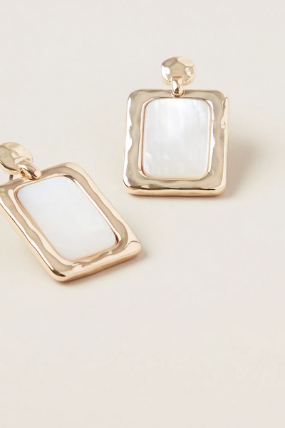 Saira Square Pearl Earring | Shop Tigerlily at IKON NZ