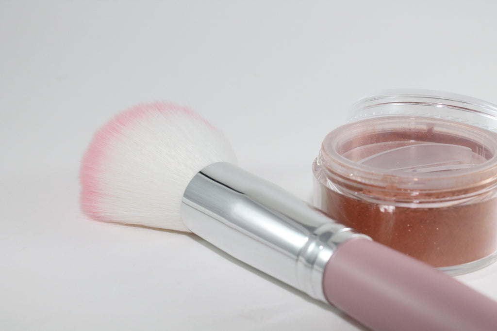 Fluff Dome Powder Brush - Claudia Nour Cosmetics - Halal makeup