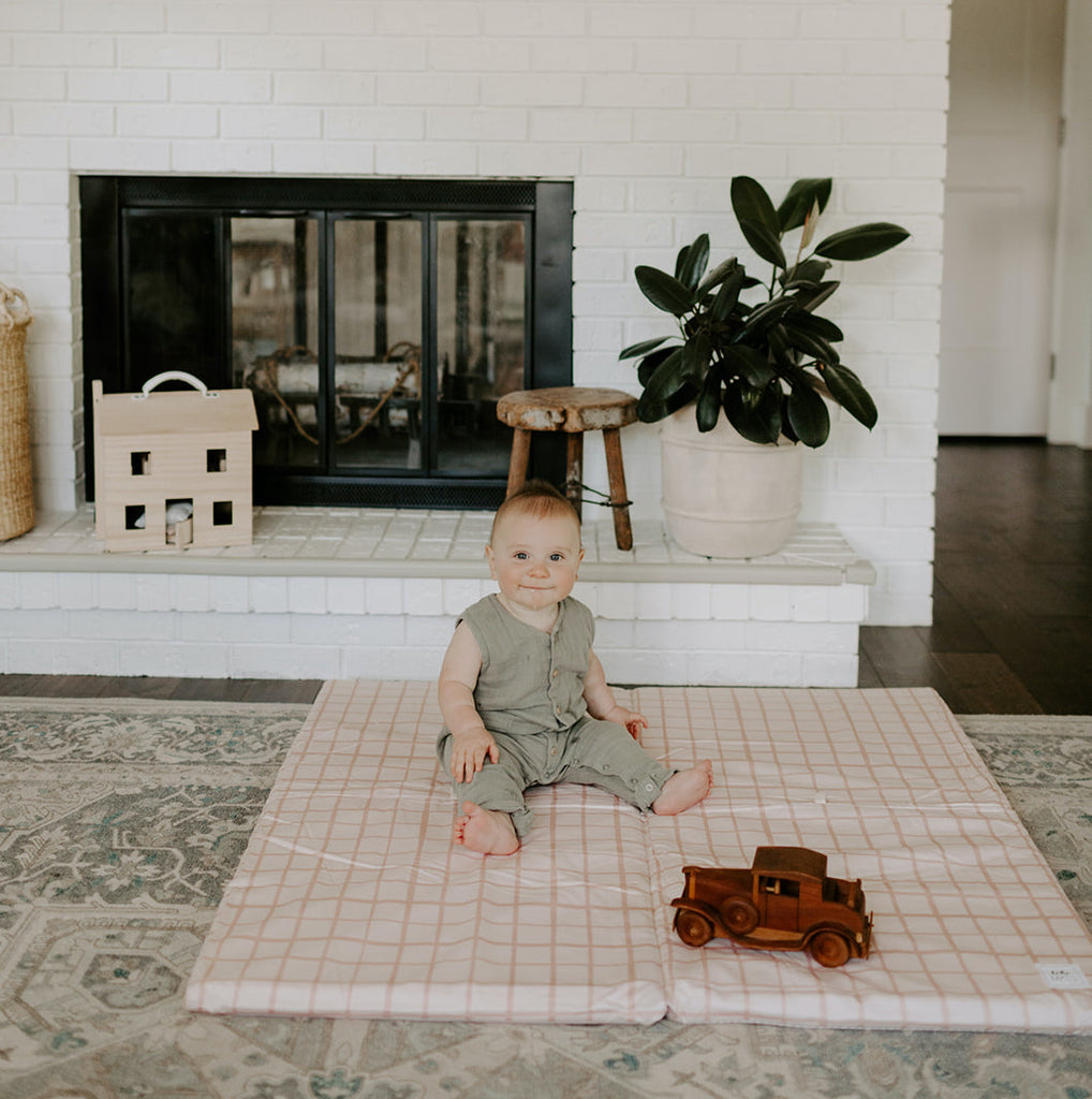 Grid in Peach | Standard | Padded Play Mat - Toki Mats