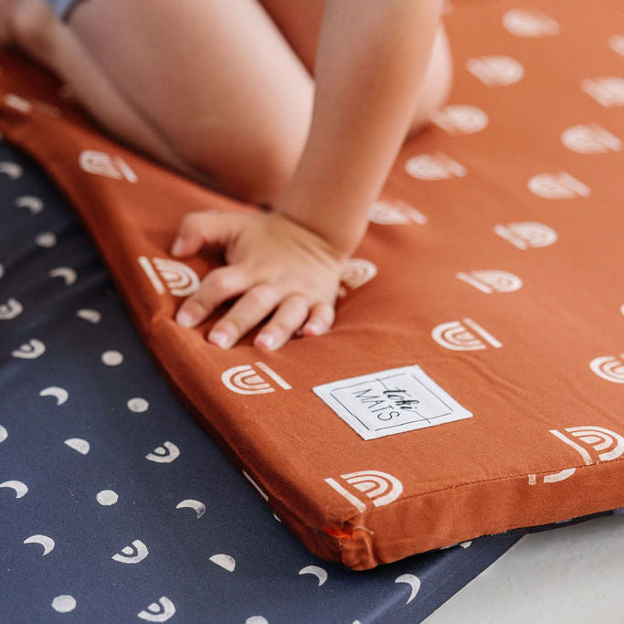 Rainbow Stamp in Rust | Standard | Padded Play Mat