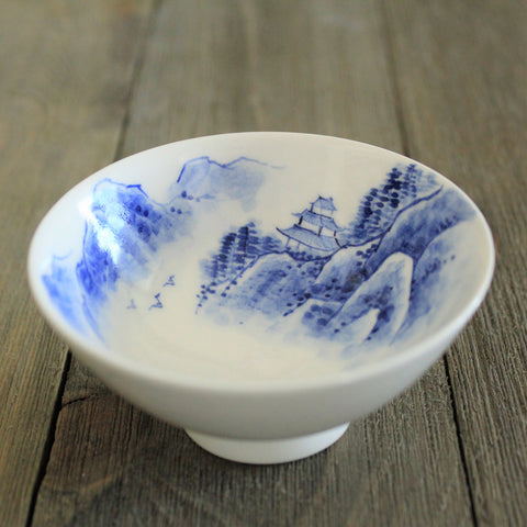 Chunghwa Baekja Teacup - Temple & Mountains | Daurim Tea & Teaware