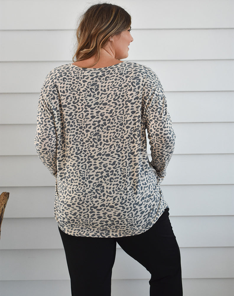 SLOUCH TOP - Peach Leopard