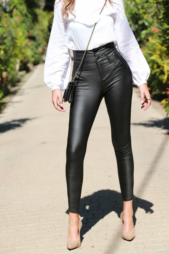 ****PRE-ORDER ****  OIL RIGGER SUPER HIGH WAIST -BLACK