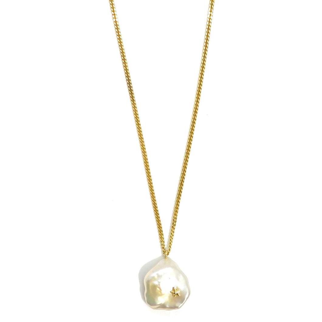 18k-Yellow-Gold-Vermeil-Freshwater-Baroque-Pearl-And-Star-Detail-Charm-Necklace